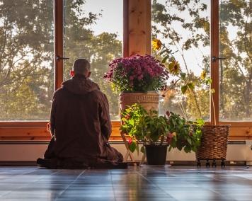 monk-sitting